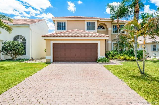 9320 N Fox Trot Ln, Boca Raton, FL 33496 (MLS #A10663277) :: Grove Properties