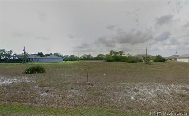 2102 NE 2 Nd Ave, Other City - In The State Of Florida, FL 33909 (MLS #A10663539) :: Green Realty Properties