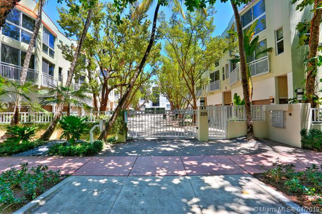 325 Meridian Ave #3, Miami Beach, FL 33139 (MLS #A10663728) :: The Paiz Group