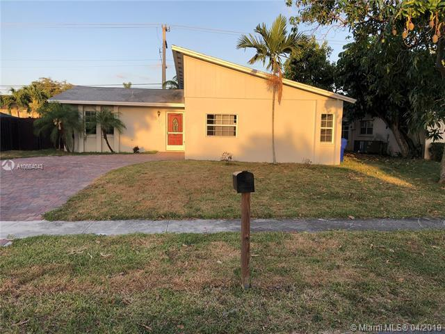 850 SW 81st Ter, North Lauderdale, FL 33068 (MLS #A10664043) :: RE/MAX Presidential Real Estate Group