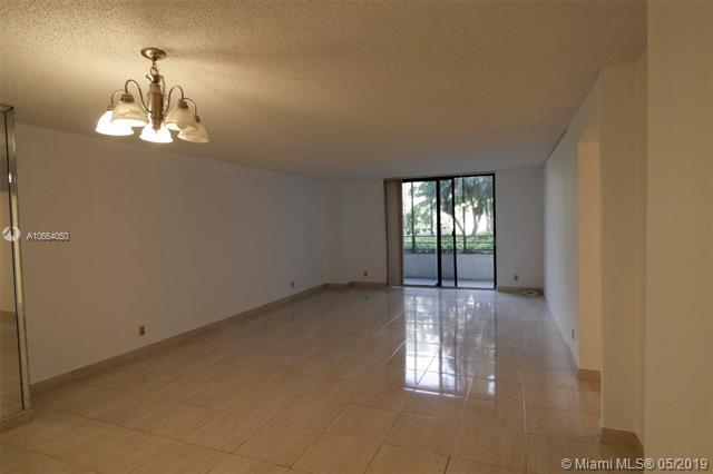 2500 Parkview Dr #315, Hallandale, FL 33009 (MLS #A10664050) :: The Brickell Scoop
