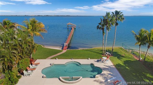 1508 S Indian River Dr, Fort Pierce, FL 34950 (MLS #A10664602) :: The Paiz Group