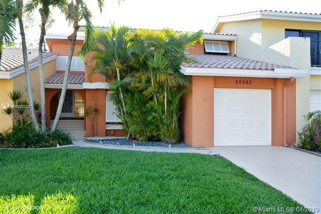 20982 Estada Ln, Boca Raton, FL 33433 (MLS #A10665023) :: The Riley Smith Group