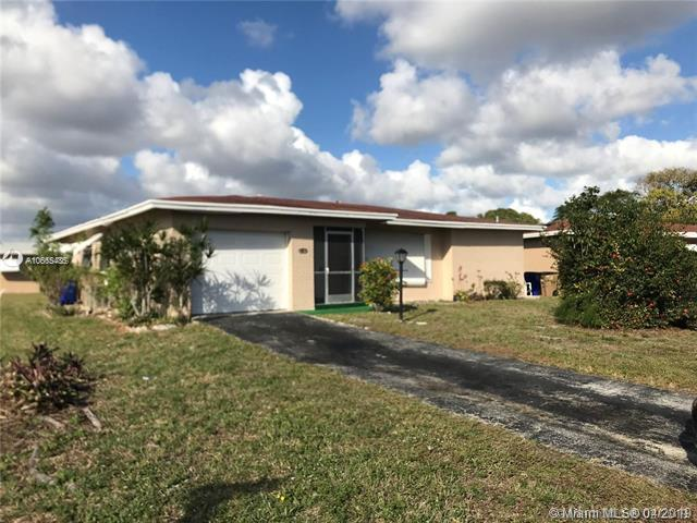 1281 NW 48 St, Deerfield Beach, FL 33064 (MLS #A10665485) :: The Paiz Group