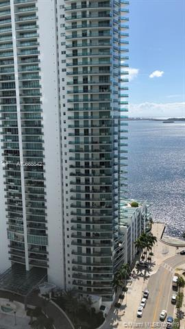 170 SE 14th St #1603, Miami, FL 33131 (MLS #A10665542) :: Ray De Leon with One Sotheby's International Realty