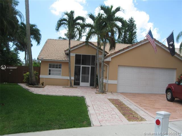 3702 S Lancewood Pl, Delray Beach, FL 33445 (MLS #A10665697) :: Green Realty Properties