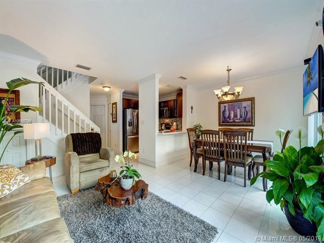 13924 SW 176th St, Miami, FL 33177 (MLS #A10665799) :: Green Realty Properties
