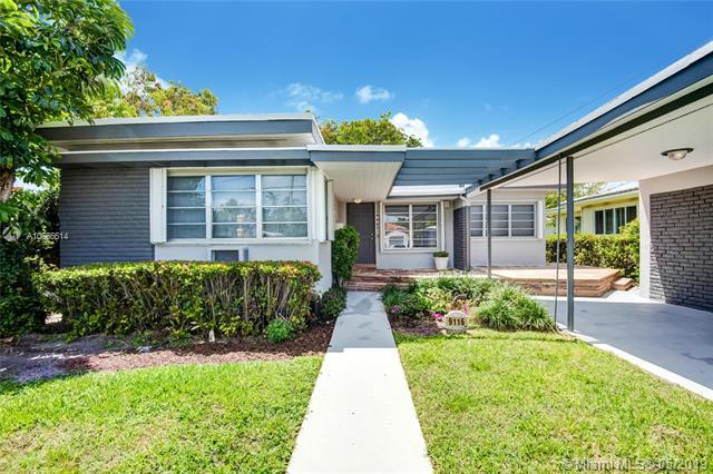 9116 Emerson Ave, Surfside, FL 33154 (MLS #A10666614) :: The Jack Coden Group