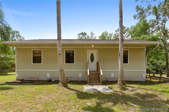 16854 N 82nd Rd N, Loxahatchee, FL 33470 (MLS #A10666698) :: RE/MAX Presidential Real Estate Group