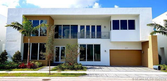 10297 NW 75th Ter, Doral, FL 33178 (MLS #A10666833) :: Grove Properties