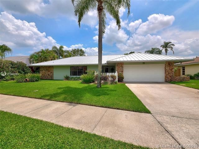 78 Hickory Hill Rd, Tequesta, FL 33469 (MLS #A10666934) :: EWM Realty International