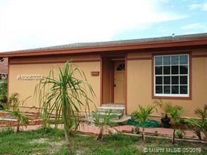 2013 Dock St, West Palm Beach, FL 33401 (MLS #A10667074) :: Berkshire Hathaway HomeServices EWM Realty