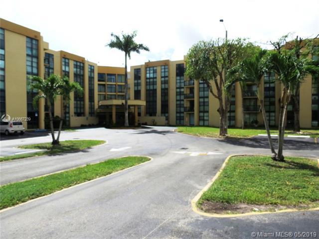 11790 SW 18th St 414-3, Miami, FL 33175 (MLS #A10667239) :: Green Realty Properties