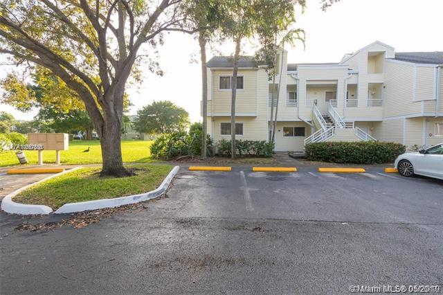 3457 NW 44th St #101, Oakland Park, FL 33309 (MLS #A10667655) :: The Paiz Group