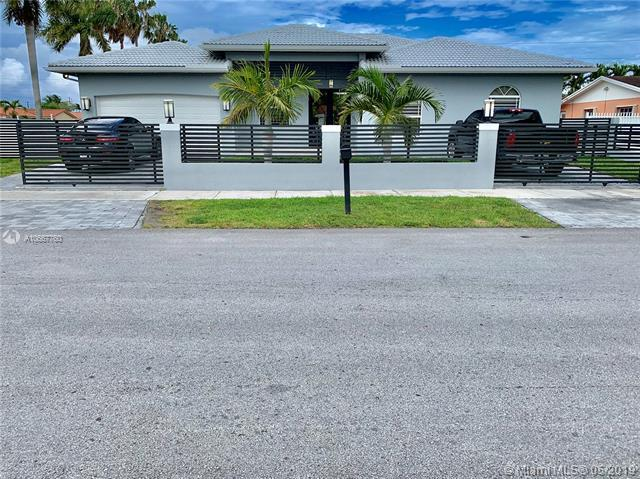 1305 SW 102nd Pl, Miami, FL 33174 (MLS #A10667760) :: Green Realty Properties