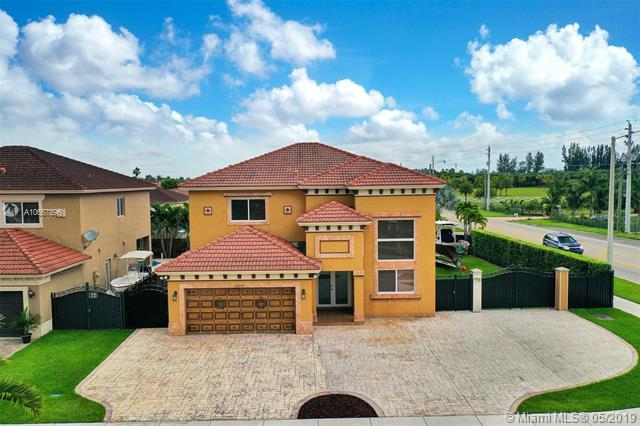 18391 SW 154th Ave, Miami, FL 33187 (MLS #A10667896) :: Green Realty Properties