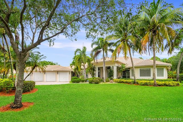 7537 NW 47th Dr, Coral Springs, FL 33067 (MLS #A10668007) :: Castelli Real Estate Services