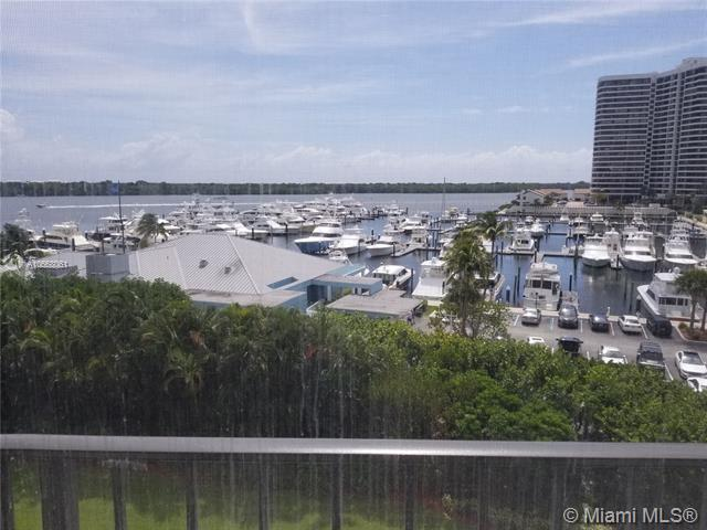 120 Lakeshore #635, North Palm Beach, FL 33408 (MLS #A10668061) :: The Paiz Group