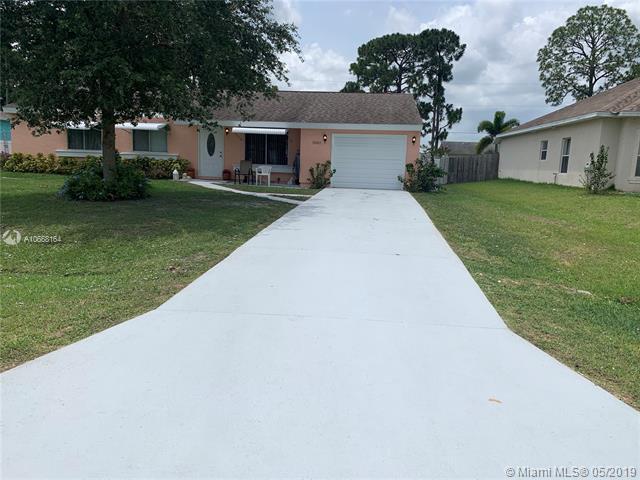 1802 SE Carvalho St, Port Saint Lucie, FL 34983 (MLS #A10668164) :: Grove Properties