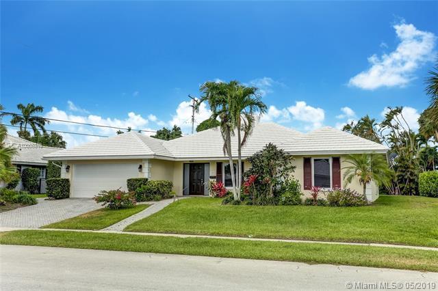 1247 SW Mulberry Way, Boca Raton, FL 33486 (MLS #A10668316) :: Grove Properties
