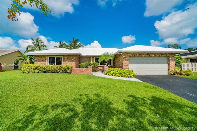 9180 NW 11th Ct, Plantation, FL 33322 (MLS #A10668447) :: Green Realty Properties