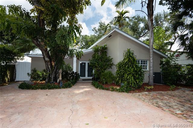 4135 Ventura Ave, Miami, FL 33133 (MLS #A10668647) :: Green Realty Properties