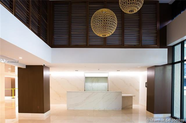 540 Brickell Key Dr #1709, Miami, FL 33131 (MLS #A10668838) :: Ray De Leon with One Sotheby's International Realty