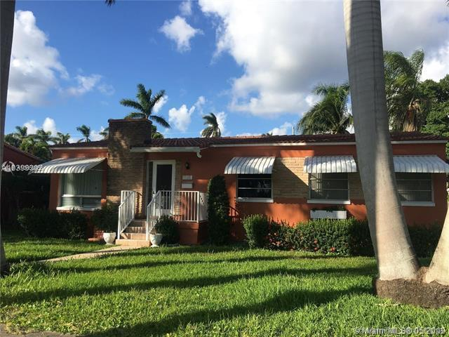 1315 Hollywood Blvd, Hollywood, FL 33019 (MLS #A10668956) :: RE/MAX Presidential Real Estate Group