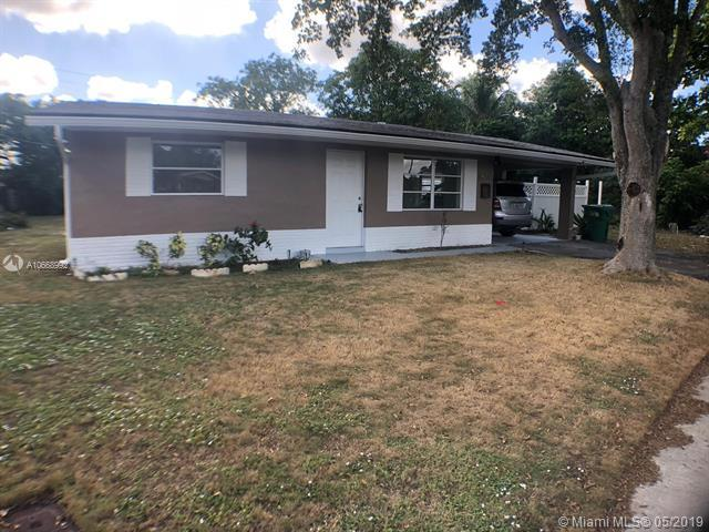 4570 NW 25th Pl, Lauderhill, FL 33313 (MLS #A10668992) :: The Riley Smith Group