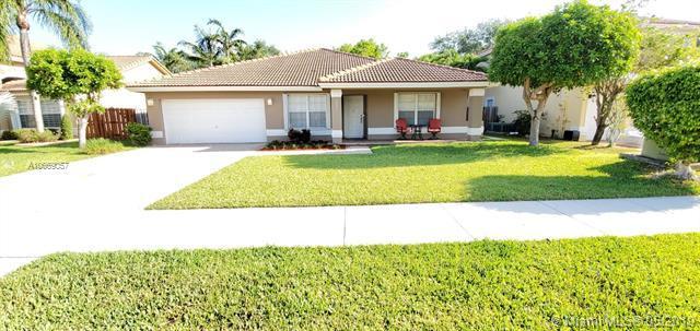 15441 SW 146th St, Miami, FL 33196 (MLS #A10669057) :: Green Realty Properties