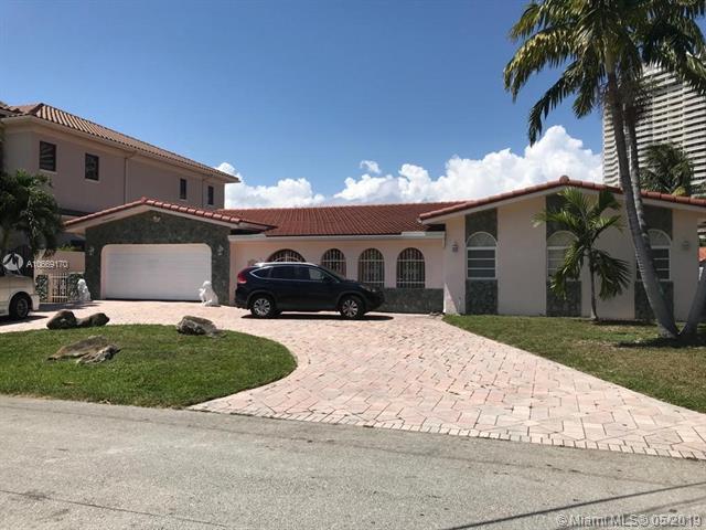 3321 NE 170th St, North Miami Beach, FL 33160 (MLS #A10669170) :: Green Realty Properties