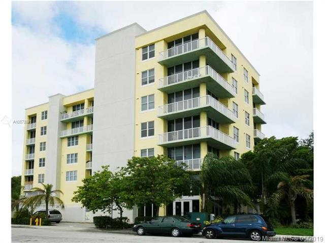 1350 NW 8th Ct Bb-6, Miami, FL 33136 (MLS #A10670091) :: Ray De Leon with One Sotheby's International Realty