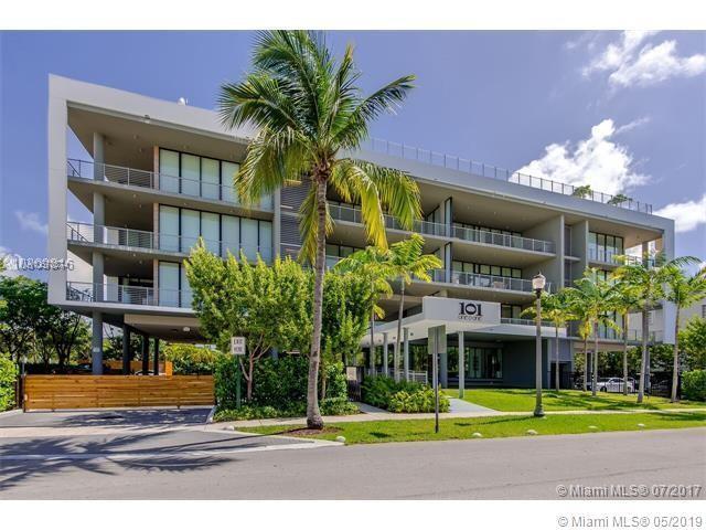 101 Sunrise Dr #404, Key Biscayne, FL 33149 (MLS #A10670374) :: Castelli Real Estate Services