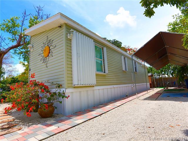 11 Mockingbird, Other City - Keys/Islands/Caribbean, FL 33037 (MLS #A10670542) :: Grove Properties