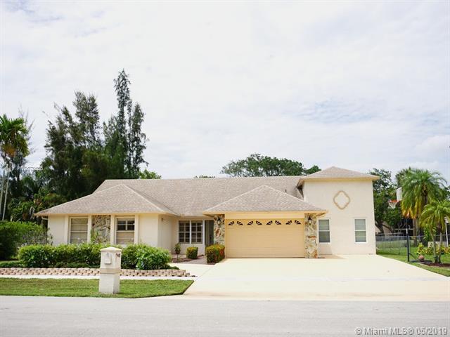 9401 Old Pine Rd, Boca Raton, FL 33428 (MLS #A10670656) :: EWM Realty International