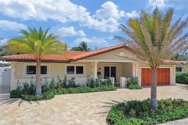 2231 NE 62nd St, Fort Lauderdale, FL 33308 (MLS #A10670741) :: Grove Properties