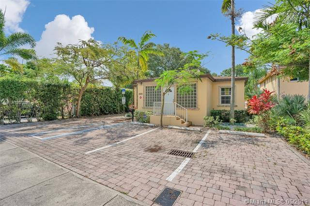 500 SE 18th Ct, Fort Lauderdale, FL 33316 (MLS #A10670897) :: Grove Properties