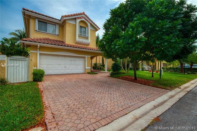 13501 SW 151st Ter, Miami, FL 33186 (MLS #A10671487) :: Green Realty Properties