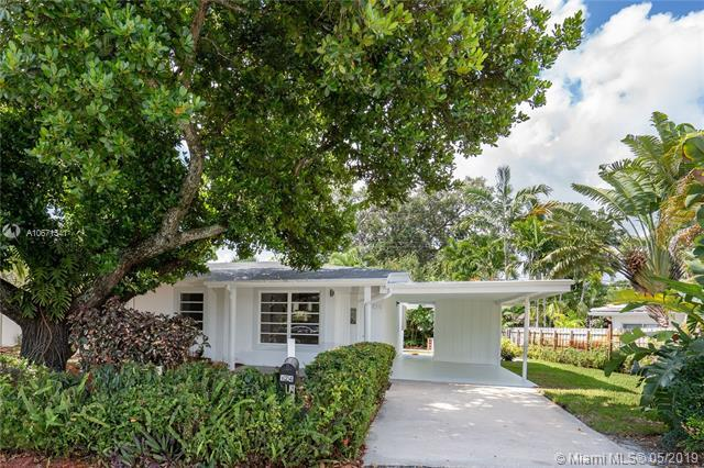 124 NW 22nd St, Wilton Manors, FL 33311 (MLS #A10671541) :: RE/MAX Presidential Real Estate Group