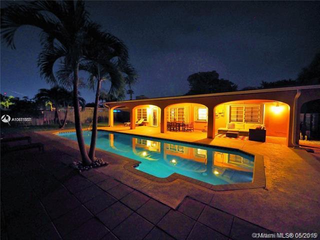 2216 Anchor Dr, Fort Lauderdale, FL 33316 (MLS #A10671557) :: Prestige Realty Group