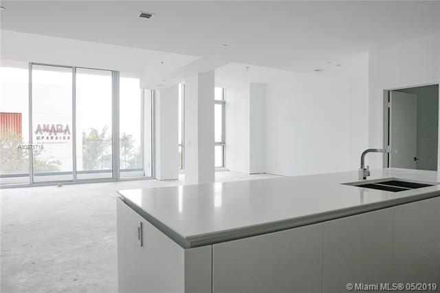650 NE 32 ST Bh4, Miami, FL 33125 (MLS #A10671716) :: Grove Properties