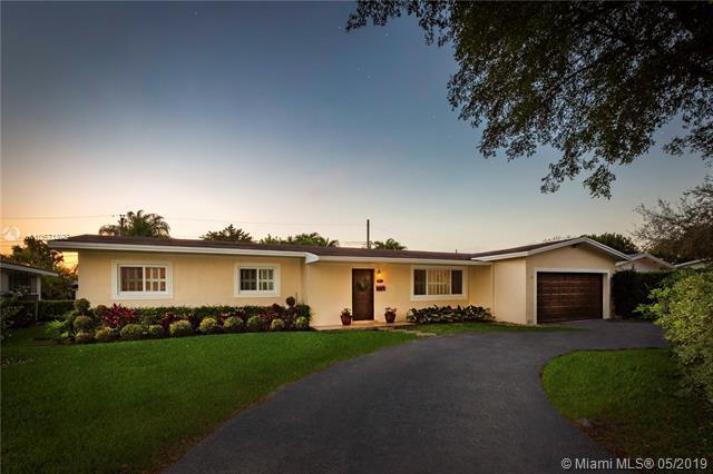 5300 SW 64th Ct, South Miami, FL 33155 (MLS #A10671892) :: Prestige Realty Group