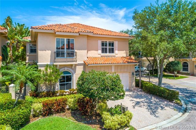 1549 Shoreline Way, Hollywood, FL 33019 (MLS #A10671987) :: The Brickell Scoop