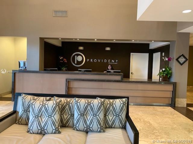 5300 NW 87 Avenue #1408, Doral, FL 33178 (MLS #A10672113) :: EWM Realty International