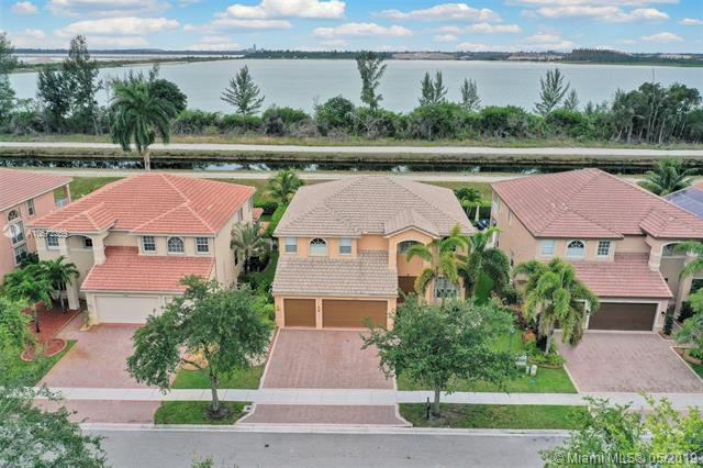 18642 SW 55th St, Miramar, FL 33029 (MLS #A10672269) :: RE/MAX Presidential Real Estate Group