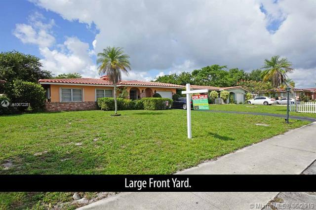1050 NW 45th St, Deerfield Beach, FL 33064 (MLS #A10672281) :: Grove Properties