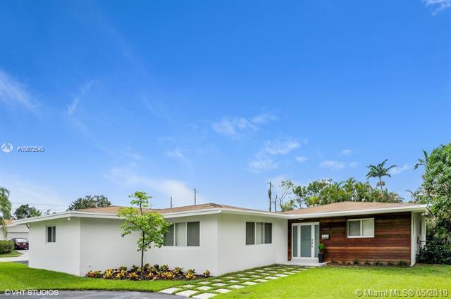 7400 SW 131st St, Pinecrest, FL 33156 (MLS #A10672540) :: Green Realty Properties