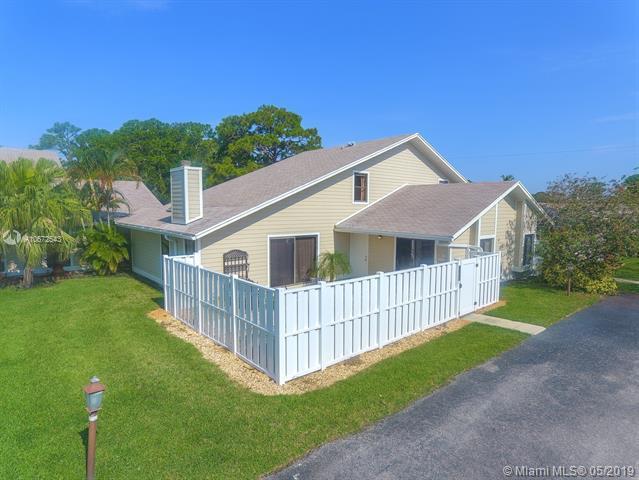 103 Summerwinds Ln, Jupiter, FL 33458 (MLS #A10672543) :: Green Realty Properties
