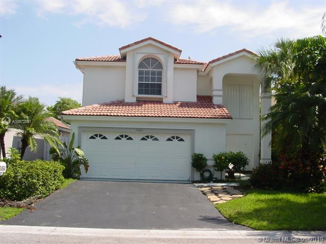 13464 NW 5th Ct, Plantation, FL 33325 (MLS #A10672561) :: The Teri Arbogast Team at Keller Williams Partners SW