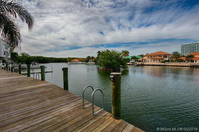 387 Poinciana Dr #1211, Sunny Isles Beach, FL 33160 (MLS #A10672592) :: Berkshire Hathaway HomeServices EWM Realty